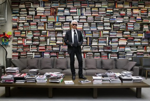 Karl-Lagerfeld-to-launch-a-perfume-that-smells-like-books2.jpg